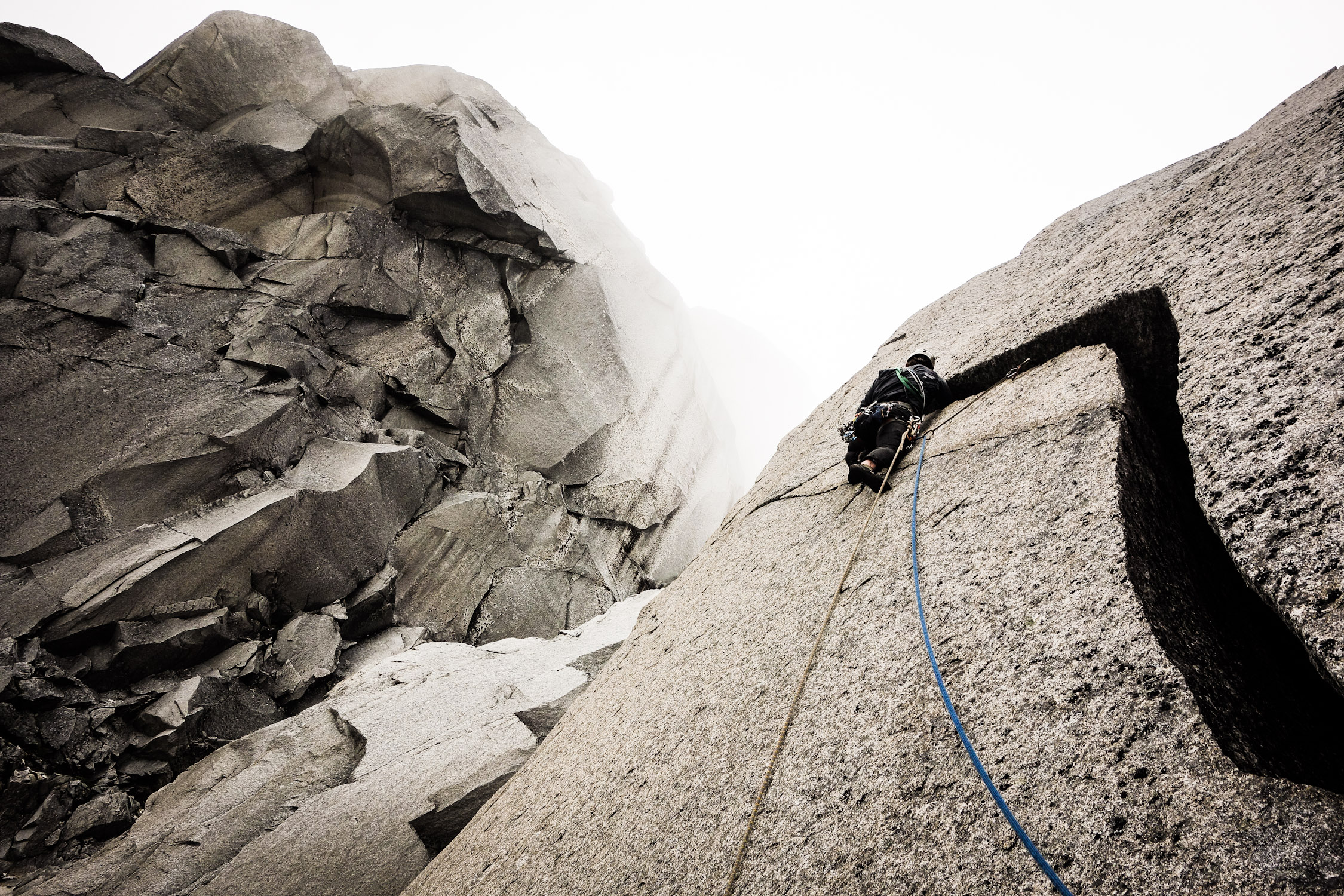 Siete Venas – A Wild Journey on Steep Granite in an Ever Changing ...